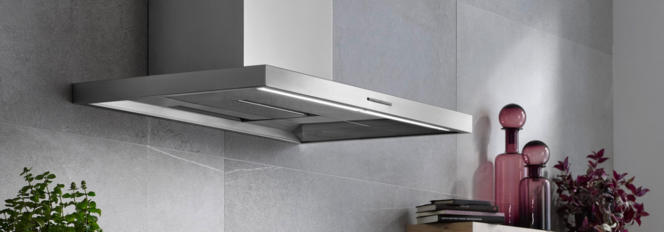 A <strong>compact</strong> kitchen professional